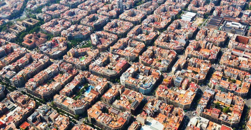 عکس های سفر پویان مختاری به اسپانیا