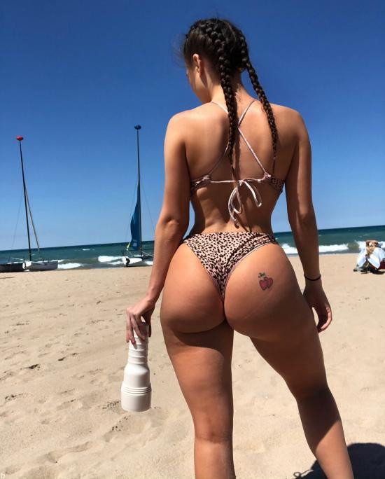 عکس های برهنه لانا رودس پورن استار آمریکایی