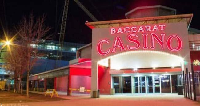 مزایا و معایب بازی کازینویی باکارات + ترفند برد در بازی Baccarat