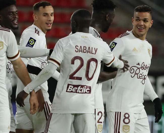 فرم پیش بینی بازی رن و بوردو  لیگ برتر فرانسه لوشامپیونه