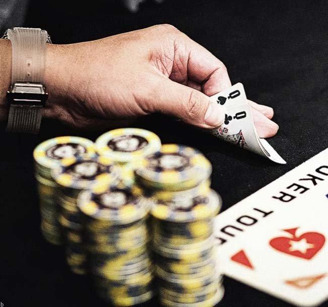 آیا میتوان بازی پوکر را به عنوان شغل اول حساب کرد؟ (پولسازترین بازی و شغل دنیا)