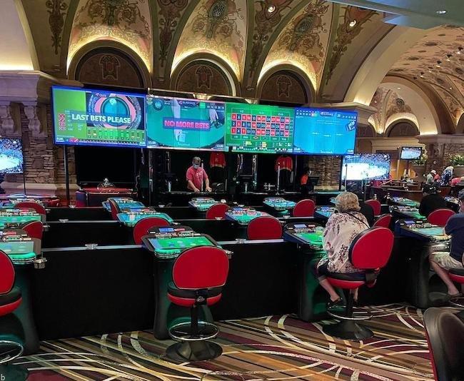 ۵ ترفند پیروزی بخش در بازی رولت لایتنینگ تضمین تا ۵۰ میلیون درآمد در ماه
